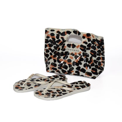Kit Chinelo + Necessaire Carrano Branco Animal Print