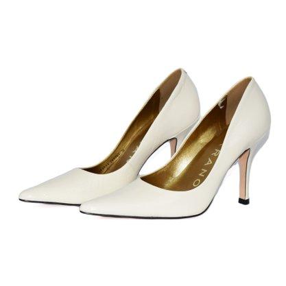 Sapato Scarpin Carrano Verniz Off White